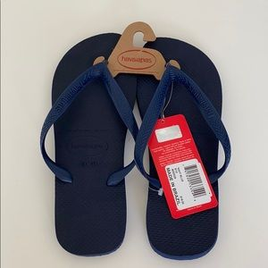 New with Tags Men's Navy Blue Havaianas Flip Flops